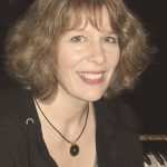 Klavier- und Geigenlehrein Anya Friedl