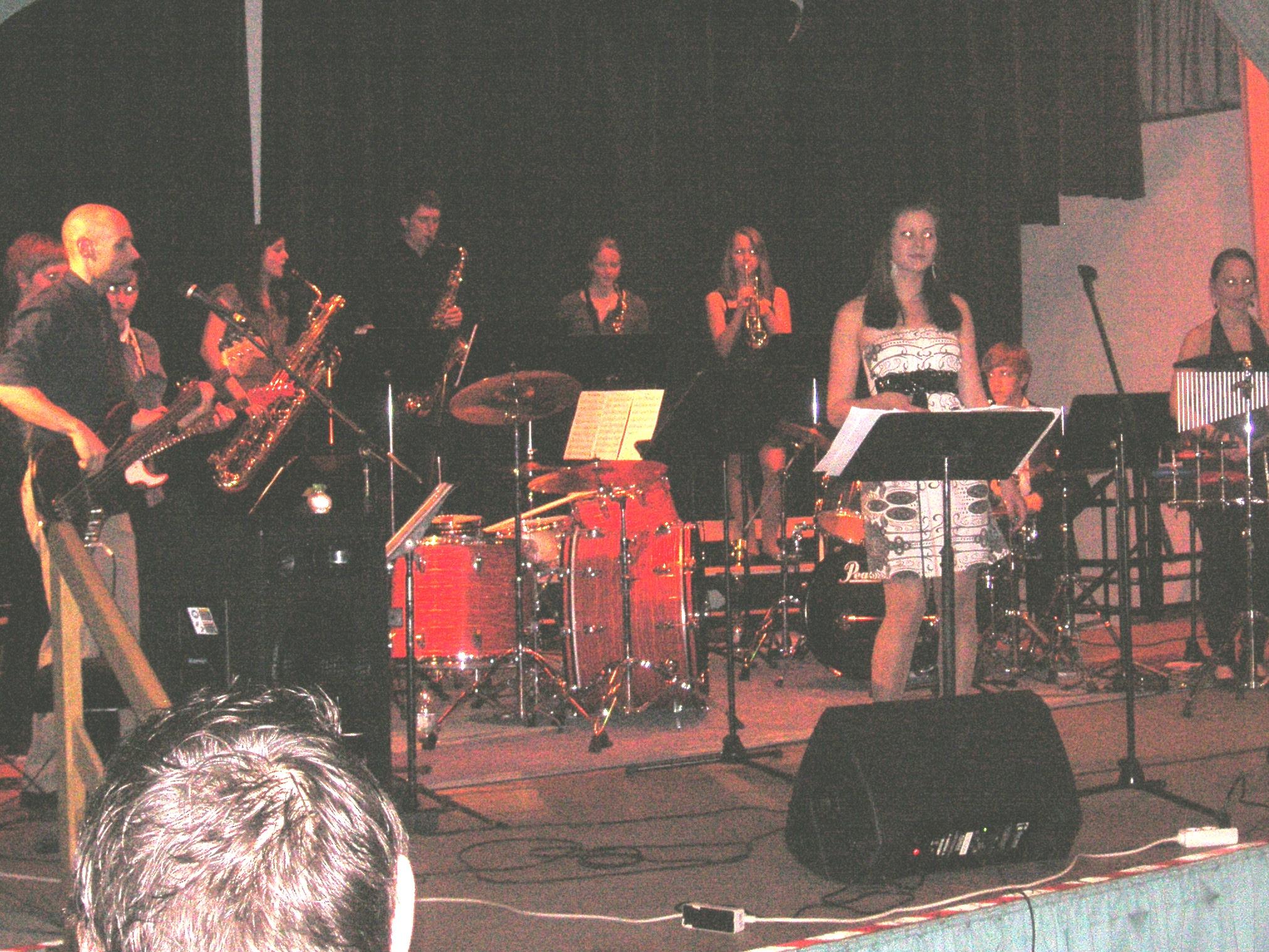 STAB mit Sängerin Selina